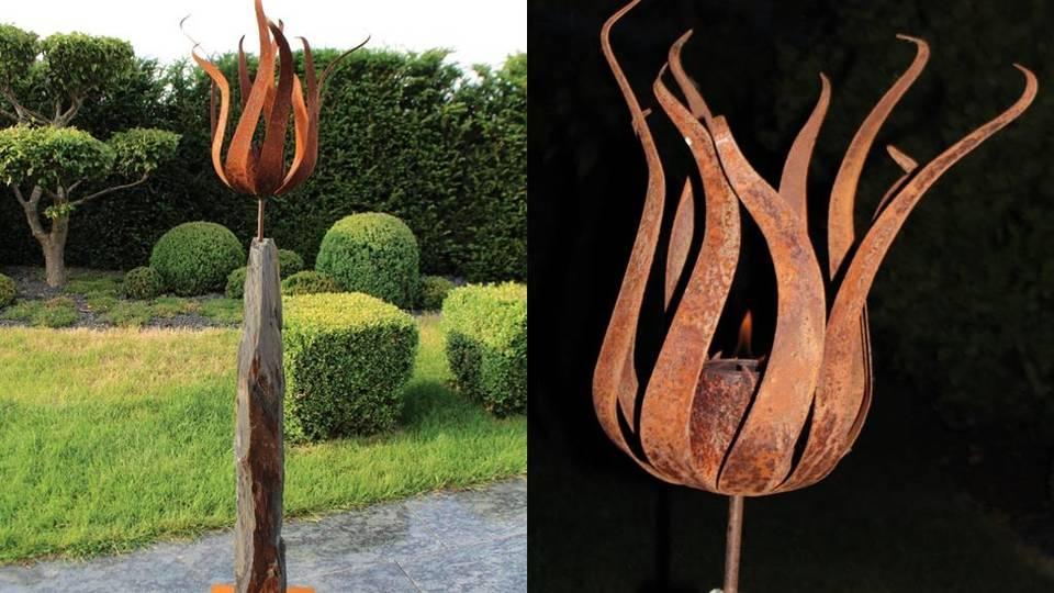 Die Feuerblume: Eine Metallblühte krönt einen schönen Monolithen.