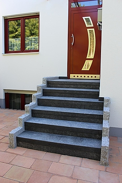 Treppenanlage Granit Nero Impala